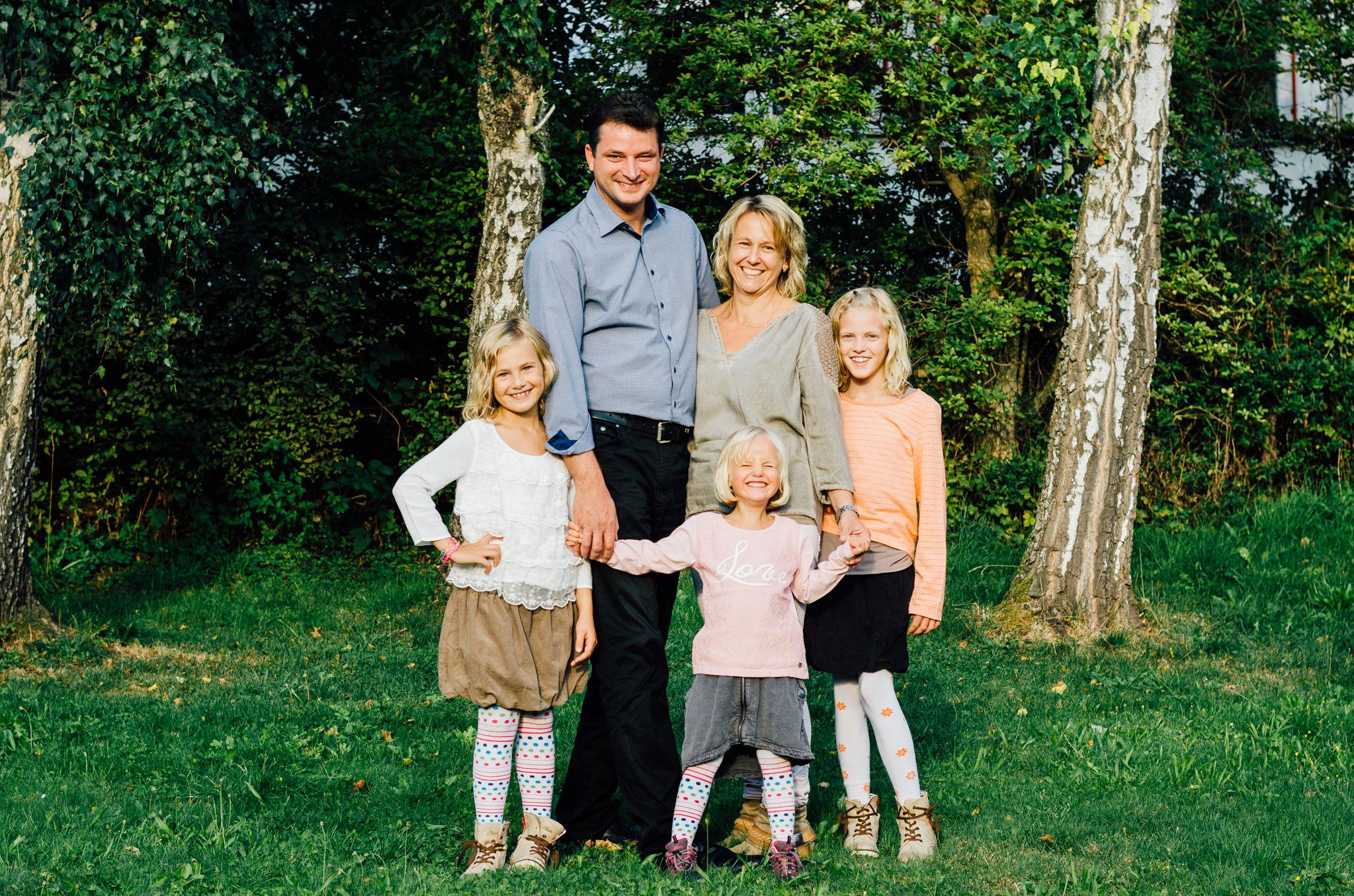 Familienfotos Ein Fotoshooting In Familiärer Atmosphäre